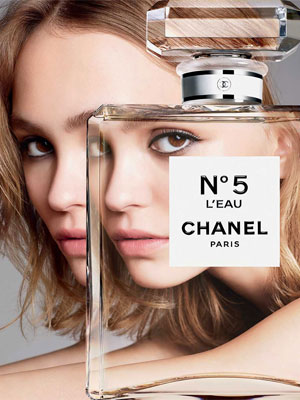 Lily-Rose Depp Chanel No. 5 L'Eau